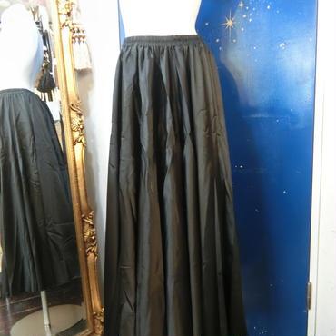 ELF-D16 カラーサテンロングスカート<BLK>