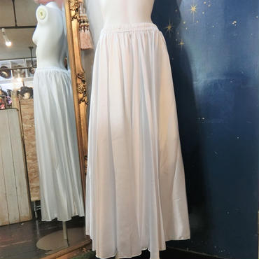 ELF-D16 カラーサテンロングスカート<WHT>