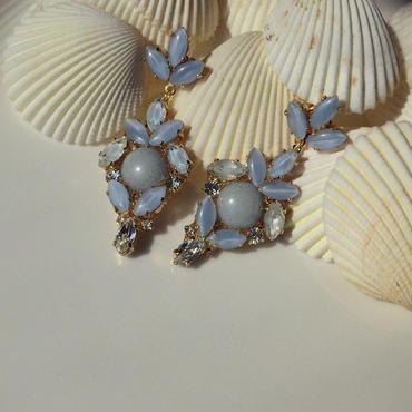 Light blue pierce