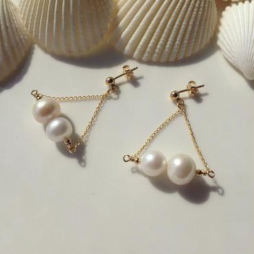 Triangle freshwater pearl pierce