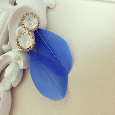 Two-way feather pierced earring