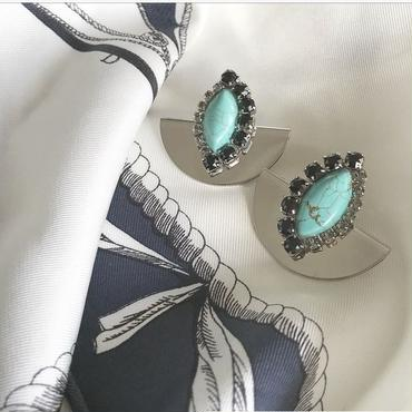 turquoise  color  pierce  earring
