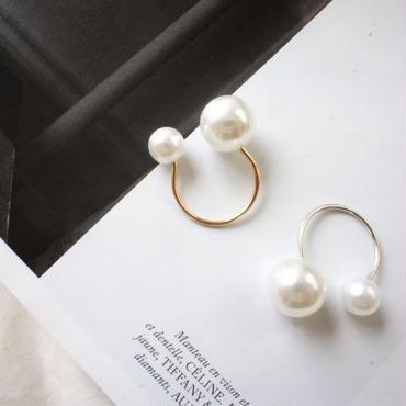 twin pearl ring