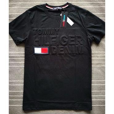 新品  トミーヒルフィガー Tommy Hilfiger Tシャツ 半袖 男女兼用 人気 美品 4色