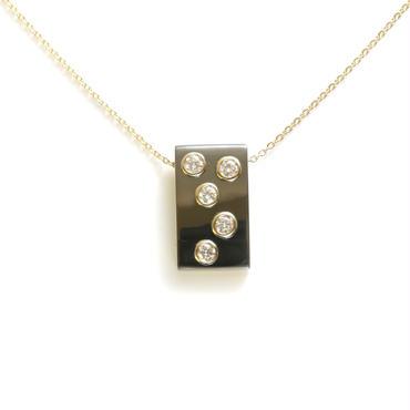 K18 ダイヤモンド ルテニウムメッキ 角 ペンダント