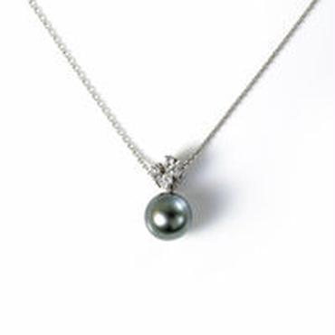 K18WG 黒蝶真珠 ダイヤモンド 半貴石 ペンダント