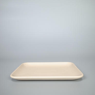 sueki ceramics / 190 square plate / ivory