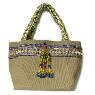 ヴィンテージ刺繍のタッセル付トートバッグ  Beige1