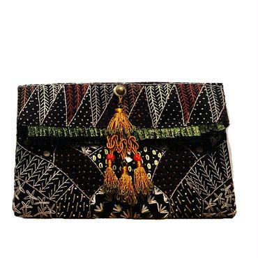 ハンド刺繍 クラッチバッグ