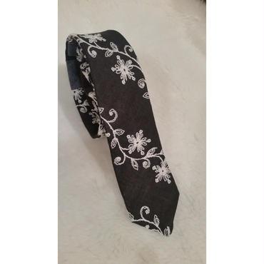 リネン 刺繍 ネクタイ