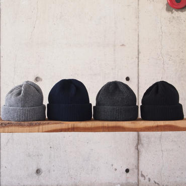 morno〈モーノ〉 COOMARAM KNIT CAP GRAY/NAVY/CHARCOAL/BLACK