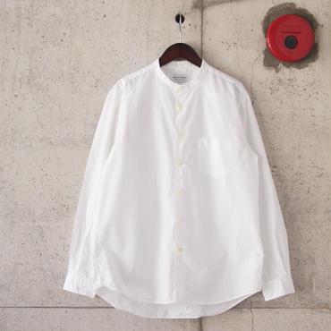 Manual Alphabet〈マニュアルアルファベット〉 LOOSE FIT バンドカラーシャツ WHITE