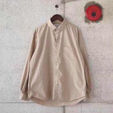 Manual Alphabet〈マニュアルアルファベット〉 LOOSE FIT レギュラーカラーシャツ BEIGE