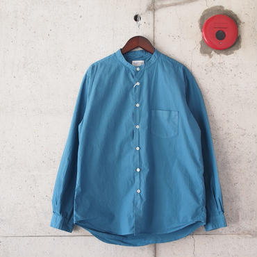 Manual Alphabet〈マニュアルアルファベット〉 LOOSE FIT バンドカラーシャツ BLUE