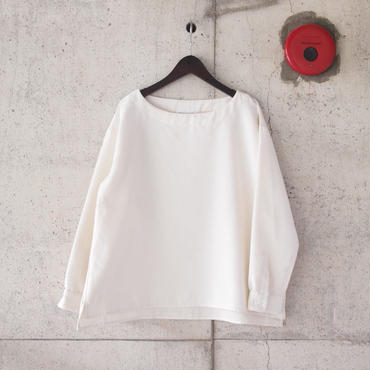 【women】Manual Alphabet〈マニュアルアルファベット〉 LINEN BOAT NECK SHIRT WHITE