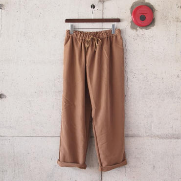 Manual Alphabet〈マニュアルアルファベット〉 SMOOTH THAI PANTS CAMEL