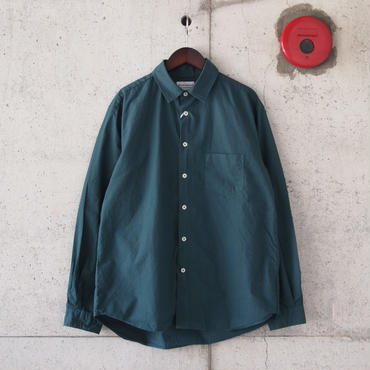 Manual Alphabet〈マニュアルアルファベット〉 LOOSE FIT レギュラーカラーシャツ GREEN