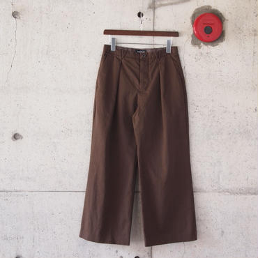 【women】HAOLU〈ハオル〉 TUCK WIDE PANTS  BROWN