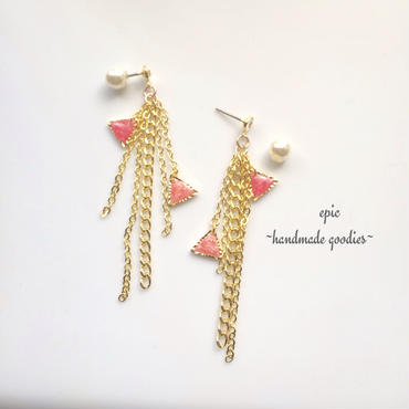 ribbon square crystal earrings
