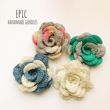 選べる◎巻きバラの手編みコサージュ(パール付き)
