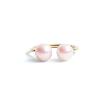 Pearl Double Head Ring  Symmetry (M)