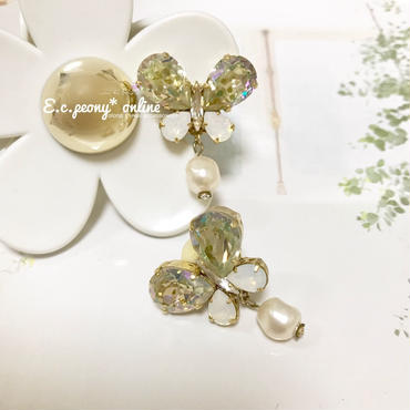 〜yellow&white butterfly~イヤリング&ピアス
