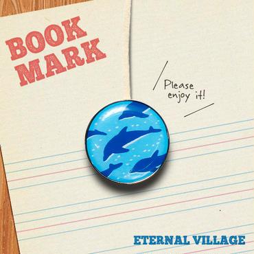 「群れで泳ぐイルカ柄のクリップ型ブックマーク」No.212