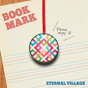 「交錯する四角模様のクリップ型ブックマーク」no.035