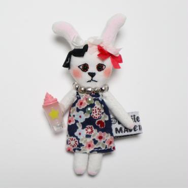 mini Me Rabbit Brooch(Navy)