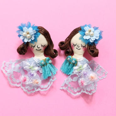 Face earring/Blue flower(pin type)