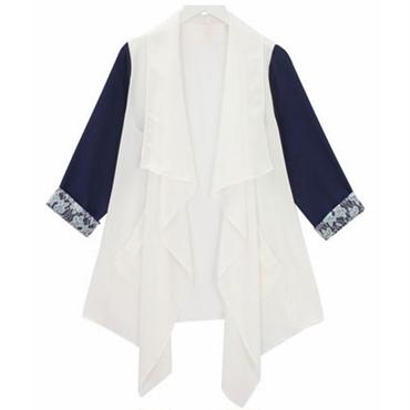 王道のホワイト×ネイビー!シフォンライトジャケット