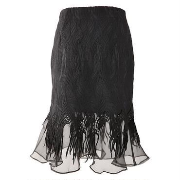 マーメイド裾がセクシー ミディ丈レーススカート