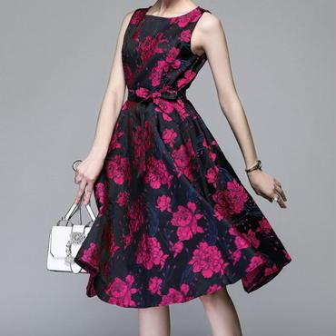 シックな花柄 ミモレ丈ノースリーブワンピース ドレス