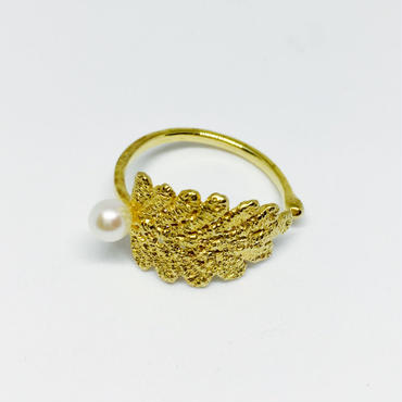 lace leaf ring /pearl (gold)---211