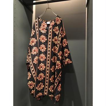 oversized S/S cotton shirt ブラック総柄 インド製