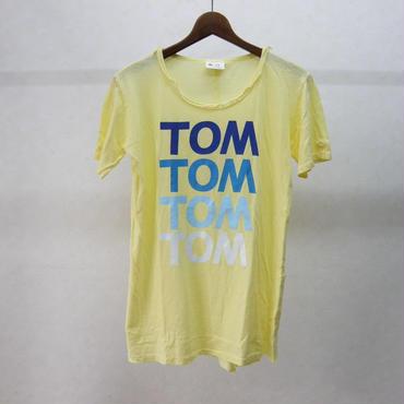 gilet Tシャツ