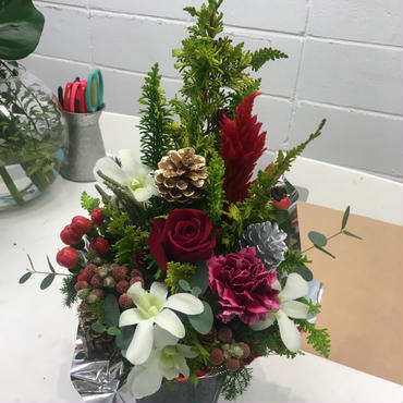 クリスマスツリー型アレンジメント