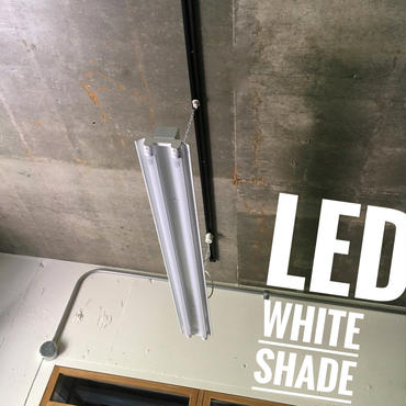 【W-2L40K】2灯  笠付き  LEDライト  ホワイト