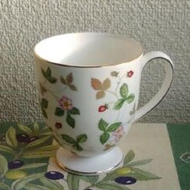 ウェッジウッド・ワイルドストロベリー・マグカップ