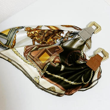 【silk and leather】バングル