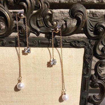 【Pearl & bijoux】アシンメトリーピアス