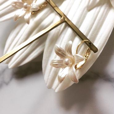 【White lily】ピアス&イヤリング