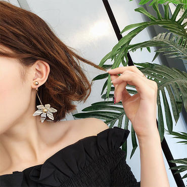 【White flower】2wayピアス