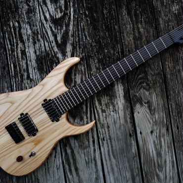 Valkyrie E class 7Strings Natural