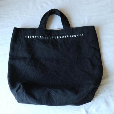 麻の手織りバッグ黒てんてん2列 / クウプノオト