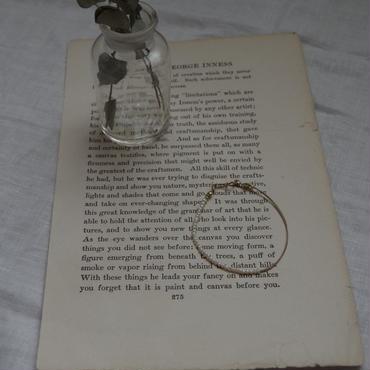 シルク糸と淡水パールのブレスレット
