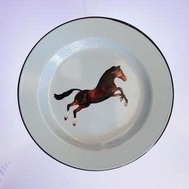 SELETTI TOILETPAPER plate 26cm HORSE