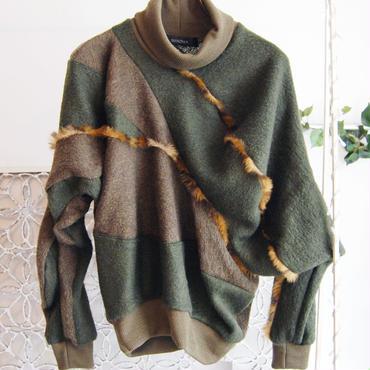 SHIROMA 16-17A/W DARK AGES fur fringe sweater-khaki-