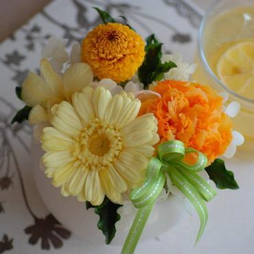 [プリザ]Sweet Yellow ガーベラアレンジ[ケース入]