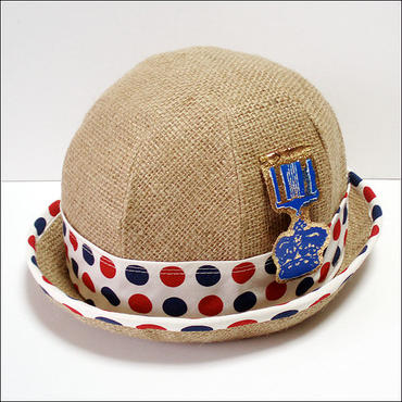 The navy crew-hat(べージュ)